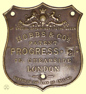 Hobbs & Cos. Progress 2 Plate